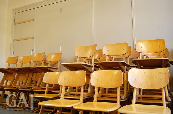 ausverkauf in grundschule klostermoor general anzeiger. Black Bedroom Furniture Sets. Home Design Ideas